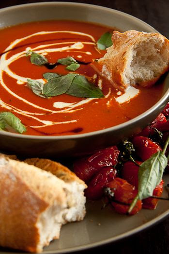 Roast Tomato and Basil Soup by simplydelicious #Tomato_Basil_Soup #simplydelicious