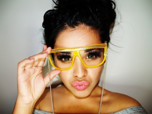 Pretty Mixed Girls with Swag