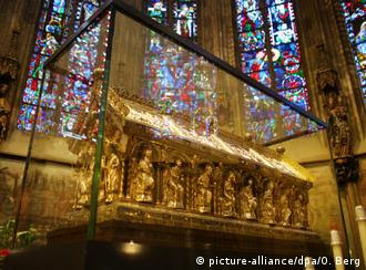 Charlemagne shrine in Aachen Cathedral