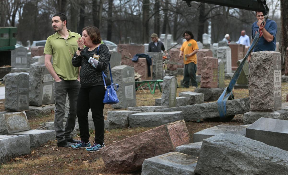Jewish cemetery vandalized