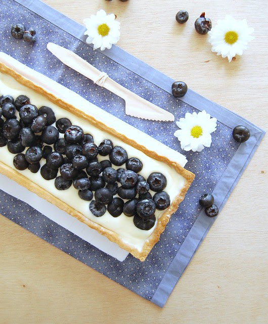 Summer blueberry tart / Torta de mirtilos