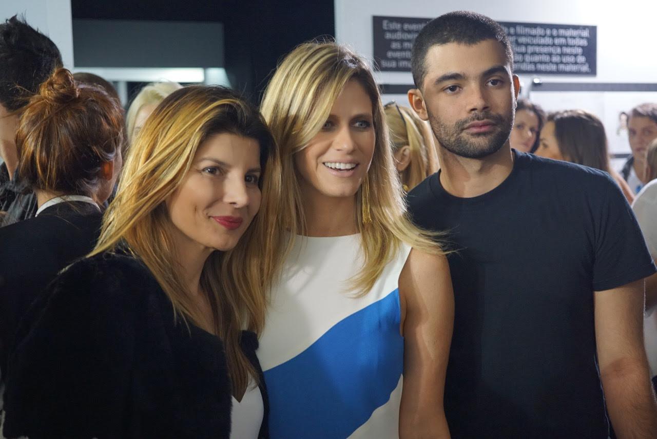 Vitorino Campos, diretor criativo, com a proprietária da Animale, Claudia e Didi Wagner