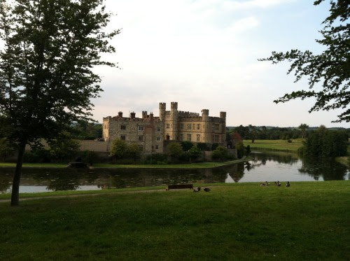 stealhereye:  leeds castle, kent, england