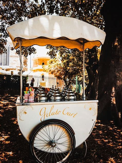 Gelato Italy, just and ice cream cart, not gelato   Bella