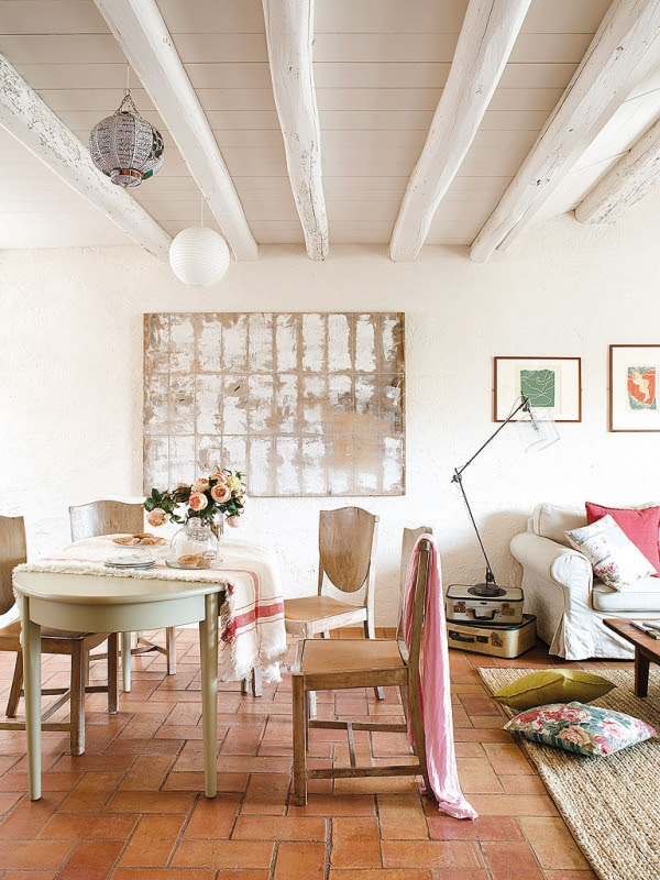 romantic-dwellings-rustic-charm-with-a-feminine-touch-7