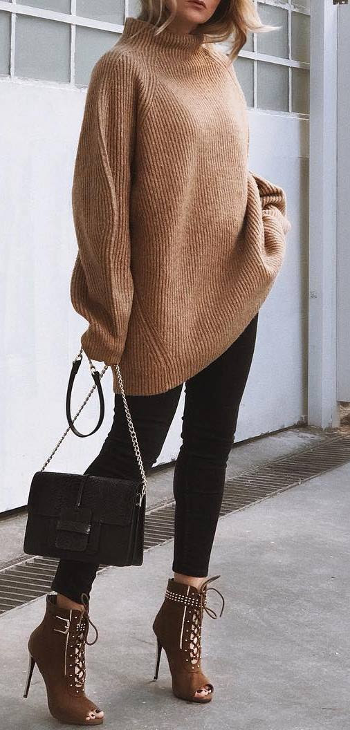 cute outfit / knit oversized sweater + bag + black skinnies + heels