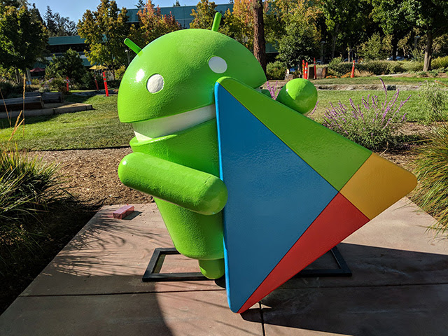 Google Play Android Statue At GooglePlex