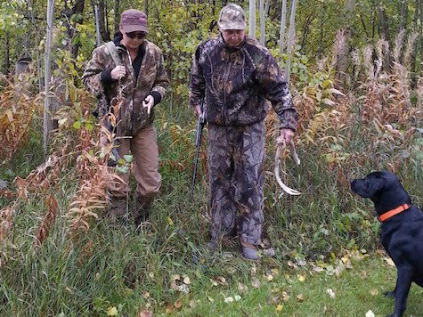 Sarah and Todd Palin hunting
