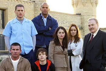 Group photo of the 'Prison Break' main actors.