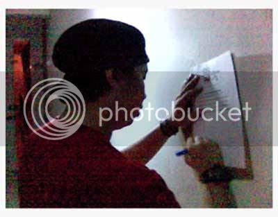 http://img.photobucket.com/albums/v151/popazrael/blog/azform_dlsu_sigaw.jpg