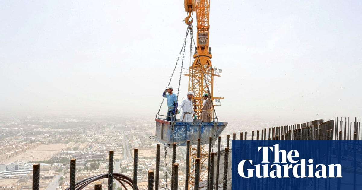 Saudi Arabia accused of forcing Yemenis in the kingdom out of their jobs