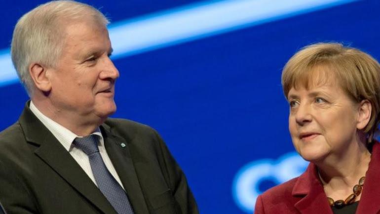 Γερμανία: Η CSU κλιμακώνει την επίθεσή της στη Μέρκελ για την πολιτική της στο προσφυγικό