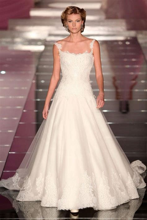 Top 19 Alessandra Rinaudo Wedding Dresses ? List Famous