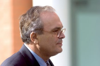 José Lello garante que se estivesse em Lisboa votaria contra