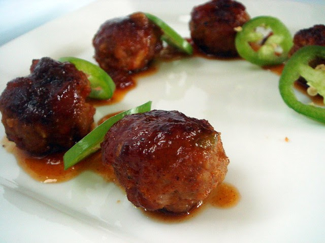 Foodbuzz Tastemaker Mexican-Style Meatballs with Sticky Pace Picante Sauce