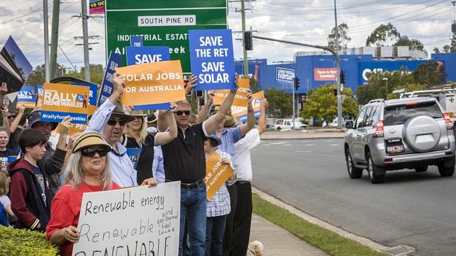 Average Aussies support a fair dinkum renewable energy target, not just greenies and acti