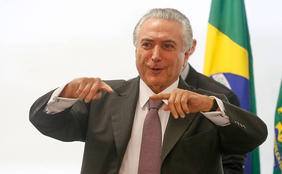 Resultado de imagem para Brasil  momento de incerteza política