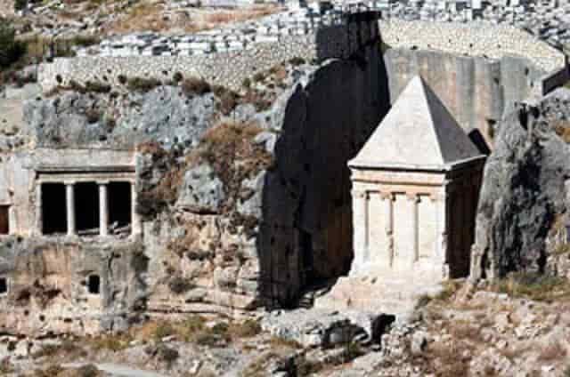 Τα (ιερο)ΣΟΛΥΜΑ είναι Ελληνικά με Ναό στον Θεό Δία ! ! !