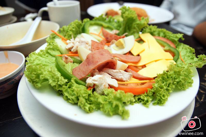 PICADDILY-MILENIUM-SQUARE-PJ-salad