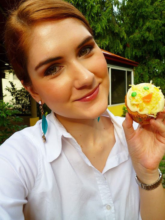 04 April 27 - 02 - Coconut Chick Cupcakes (1)