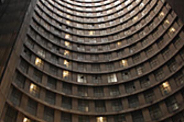 Ponte City – a South African landmark – rises again ...