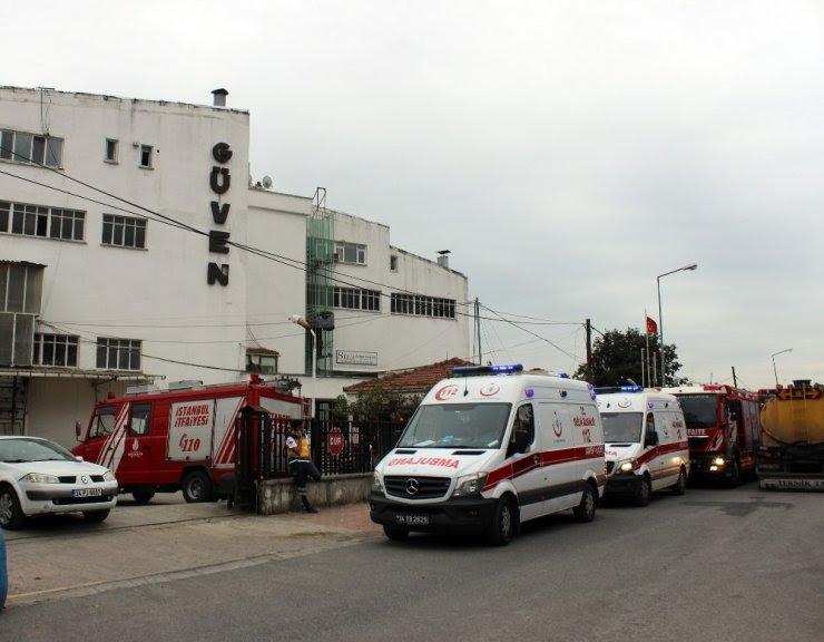 Küçükçekmecede Tekstil Fabrikasındaki Yangın Söndürüldü