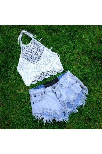 Late in the Day. #trend #lace #washeddenim