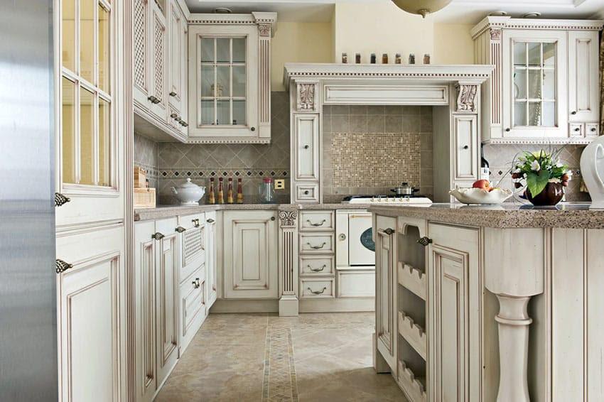 Antique White Kitchen Cabinets (Design Photos) - Designing ...