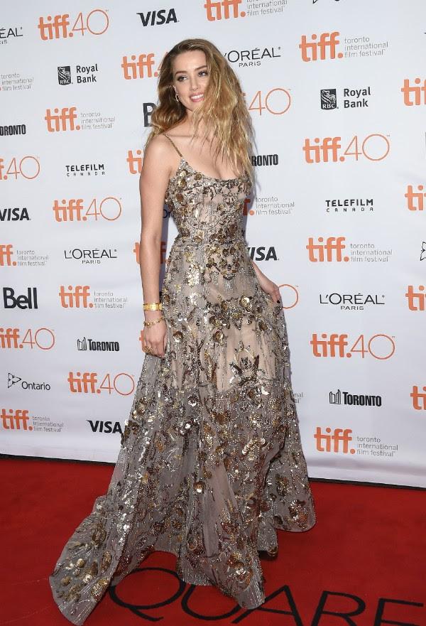 Amber Heard não vê problemas em expor suas orientações (Foto: Getty Images)