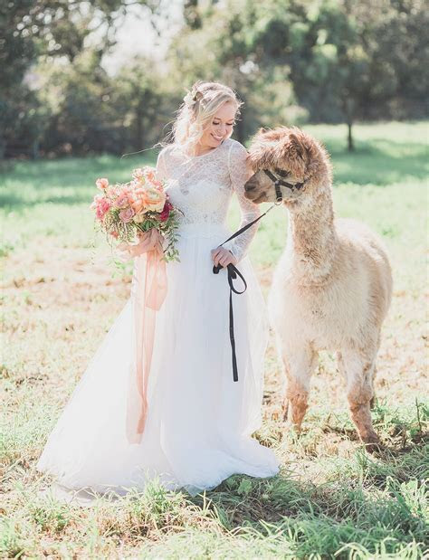 Inspiration for the Romantic, Well Traveled Bride