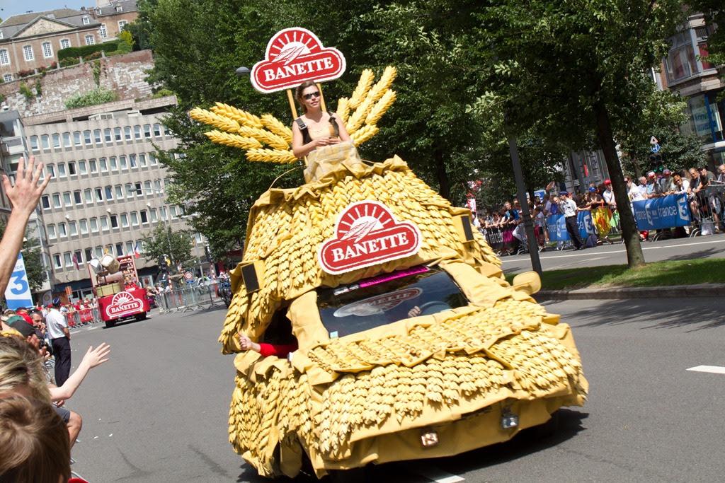 2012 tour de france a look at the caravanparade 9