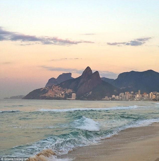 Home sweet home: The 36-year-old - que vem de Três de Maio e se mudou para São Paulo com a idade de 14 a prosseguir a sua carreira de modelo - está emocionada por estar de volta em sua terra natal, Brasil