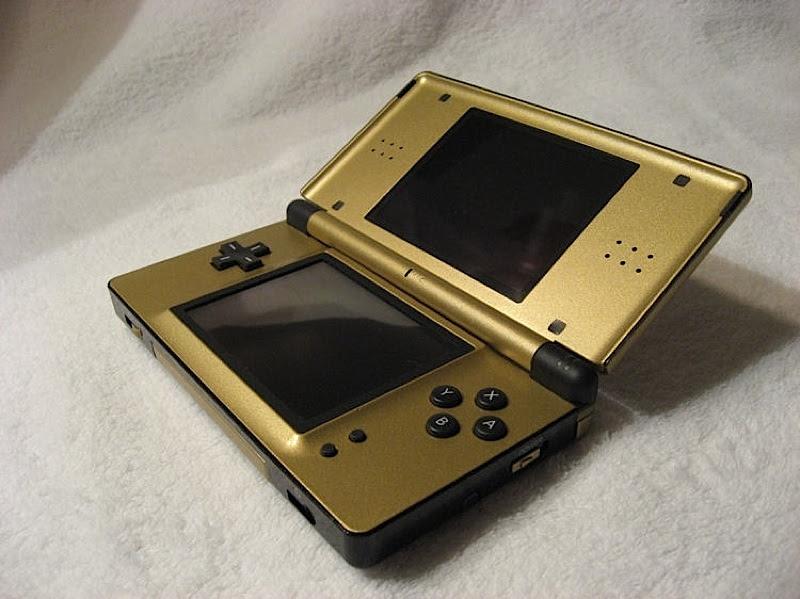 Must-Have DS Lite Zelda Case Mod