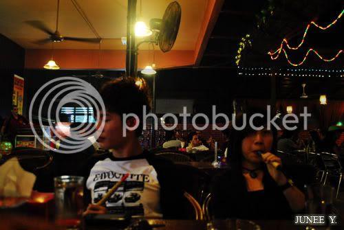 http://i599.photobucket.com/albums/tt74/yjunee/blogger/DSC_0068.jpg?t=1256127808