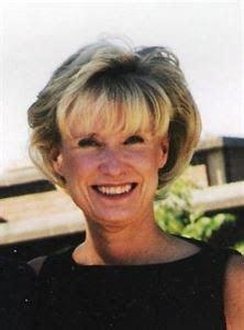 Wedding Officiant   Retired Judge Patricia Kerr Karasov
