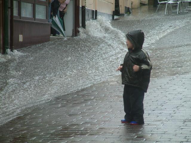 Flash Flood In Chepstow Neil Kennedy Cc By Sa 2 0