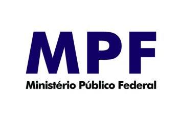O Ministério Público Federal (MPF) denunciou, nesta quarta-feira (09/01/2013), um jornalista, uma professora e dois estudantes, por tráfico internacional de drogas em Vitória da Conquista (BA).