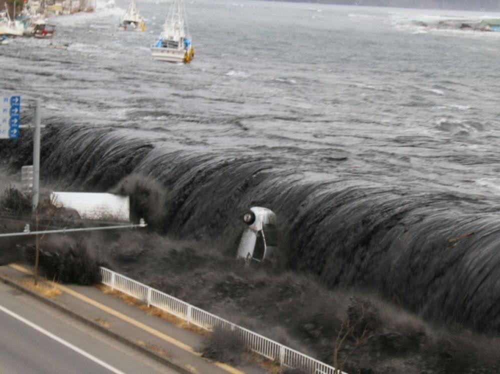http://www.sciencesetavenir.fr/assets/img/2016/03/11/images_list-r4x3w1000-57df0bee40064-fukushima-tsunami-miyako-japon.jpg