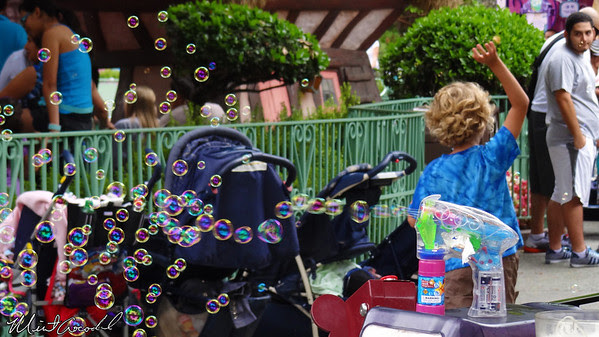 Disneyland Resort, Disneyland, Fantasyland, Bubbles