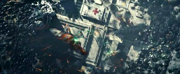 Two alien attackers strafe the military base surrounded by the swarm in INDEPENDENCE DAY: RESURGENCE.