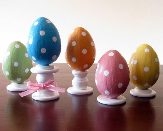 Decoração de Páscoa com ovinhos coloridos passo a passo