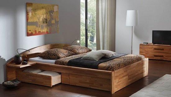 широкая кровать