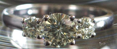 Fake Diamond Engagement Rings That Look Real   Diamond