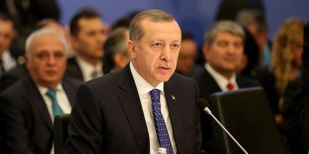 S. Weiss: La NATO espella la Turchia per evitare la terza guerra mondiale