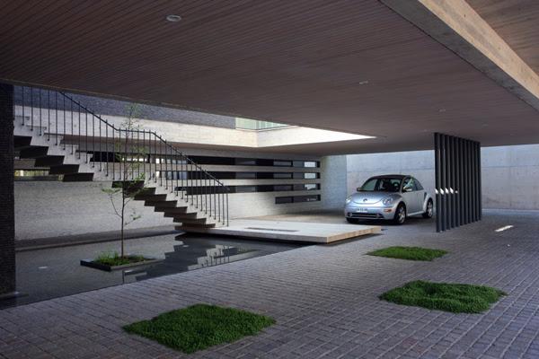 Top 5 Modern Garage Designs | InteriorHolic.