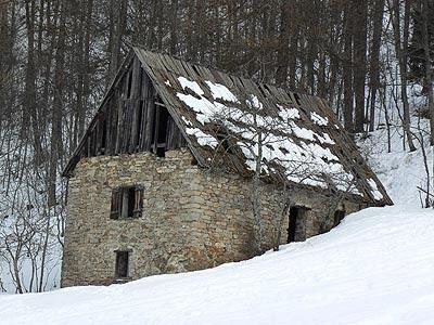 cabane à Ratery.jpg
