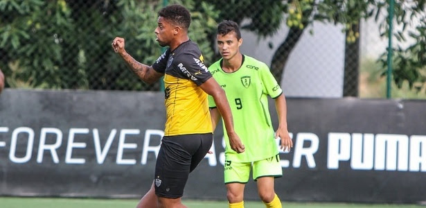 André fez um dos gols do Atlético-MG no jogo-treino contra o Minas Boca