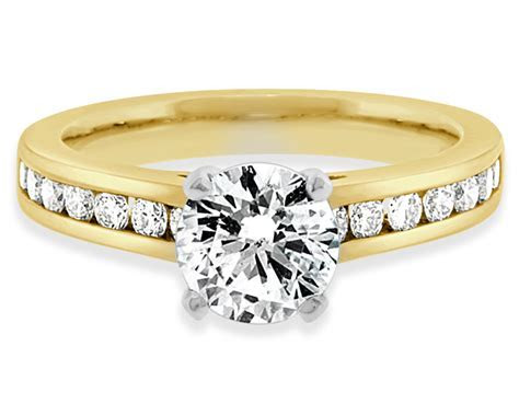 2017: Engagement Ring Trends to Expect   Bespoke Rings