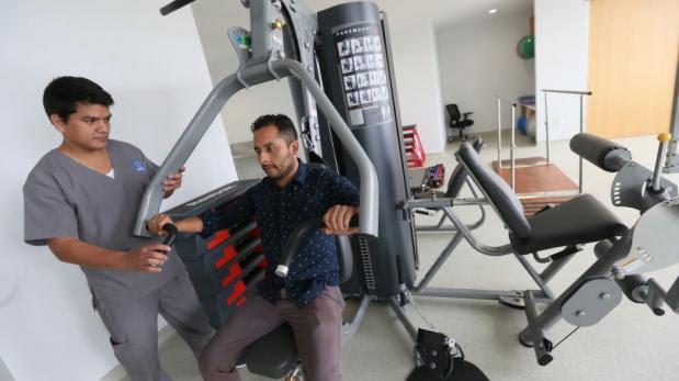 Callao: inauguran la primera clínica de medicina del deporte