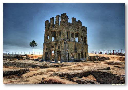 Torre de Centum Cellas by VRfoto